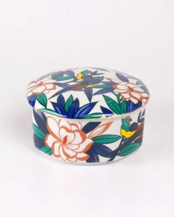 Papagájos porcelán doboz