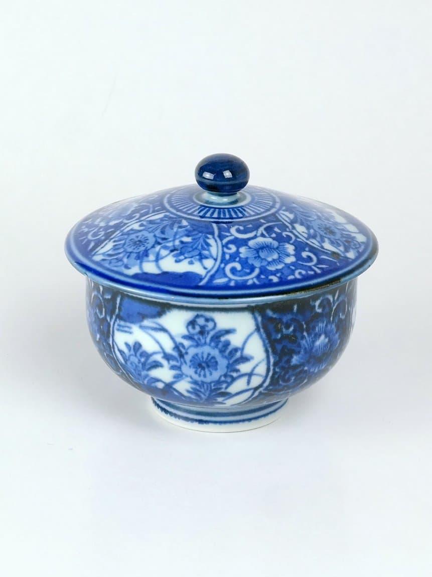 Japán porcelán