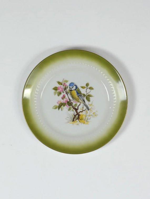 Madár fali tányéron
