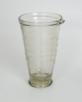 Magyar üveg mérőedény