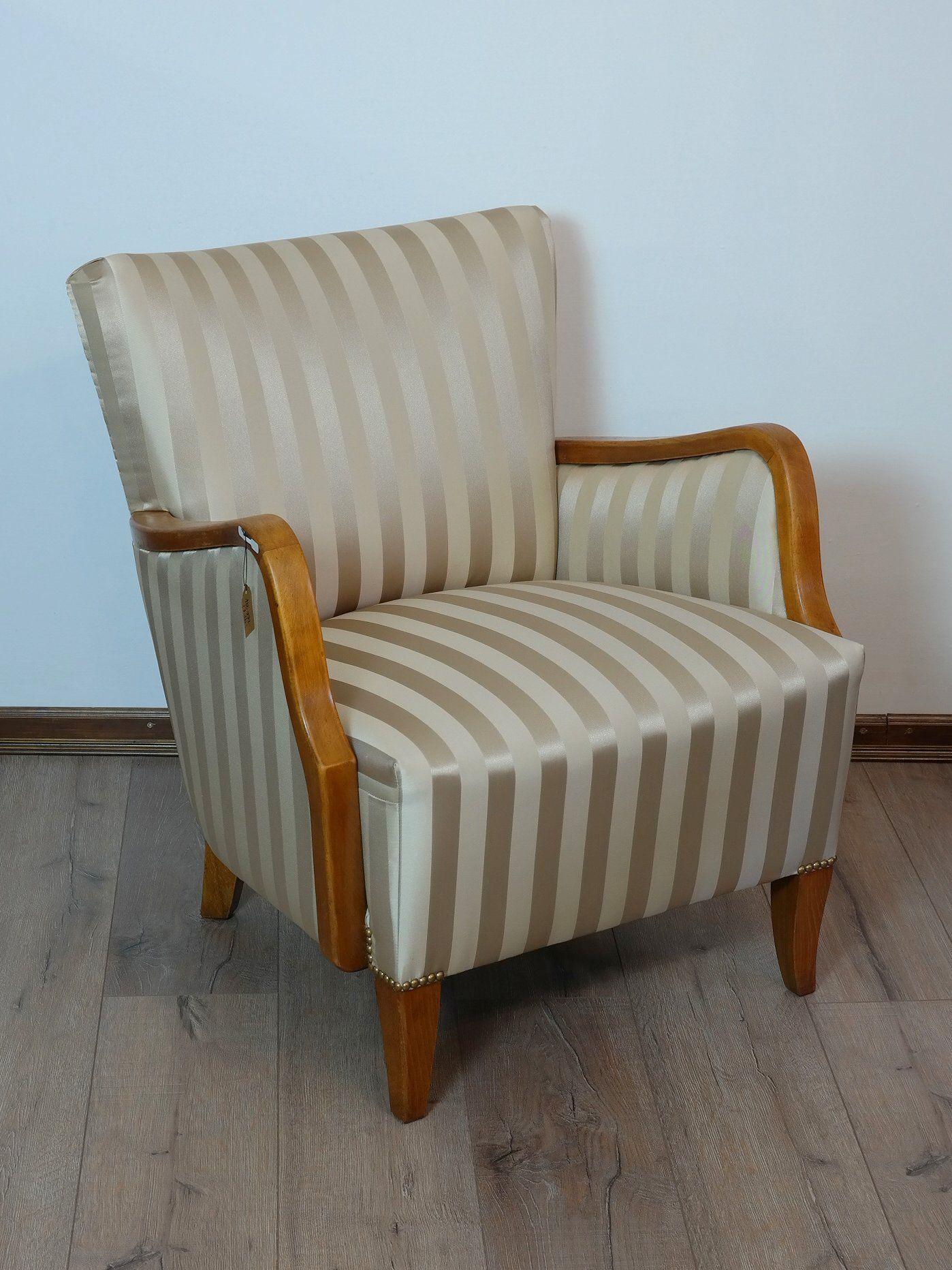 Felújított antik fotelek párban