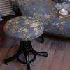 Antik szófa és zongoraszék japán szövettel