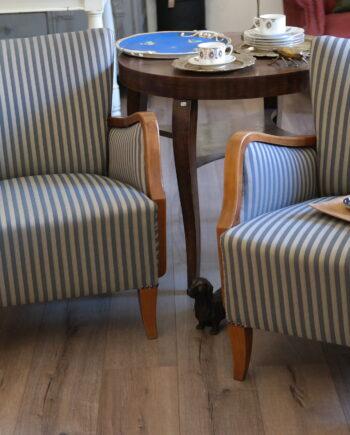 kismeretu antik fotelek